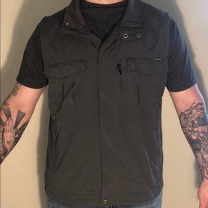 Columbia Men's Vest Omni Shade Size XL
